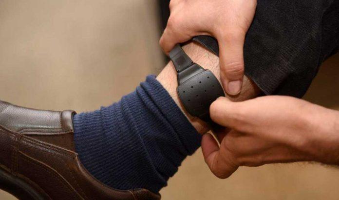 Tobillera electrónica   Foto: El Mostrador