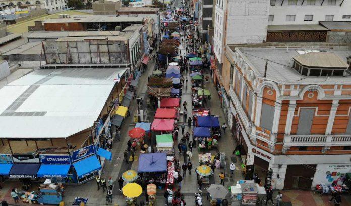 Vendedores ambulantes en Antofagasta 06.09.2021 | Foto: Timeline.cl